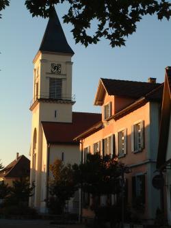 Scherzheimer Kirche und Rathaus